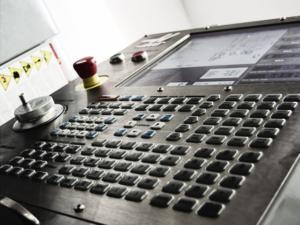 CNC obrábění - řídící jednotka